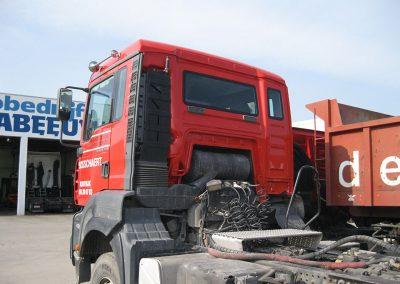 Herstellen carrosserie vrachtwagen